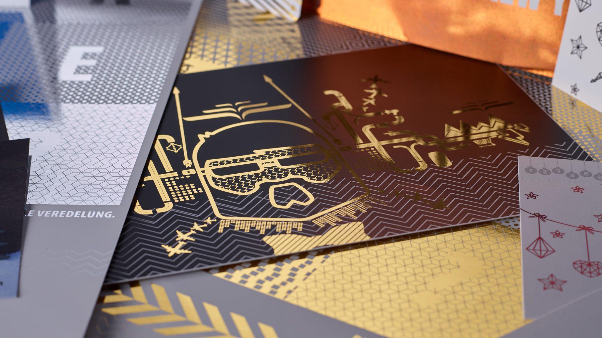 Drucksachen veredeln in der Druckerei von FREY PRINT + MEDIA